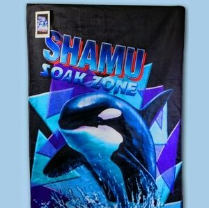 Disney Shamu towel beach